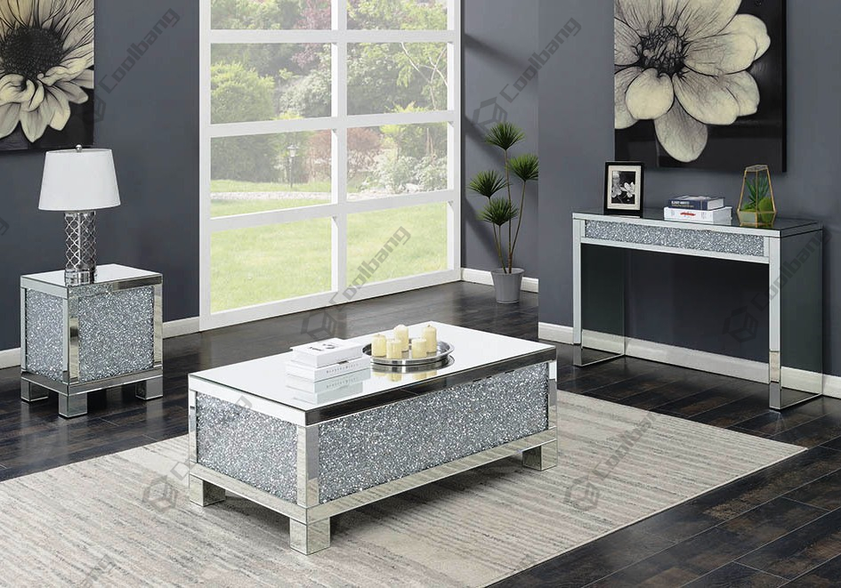 Why Choose Mirrored Furniture?